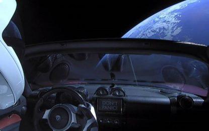 El auto de Elon podría chocar con la Tierra en el siguiente millón de años
