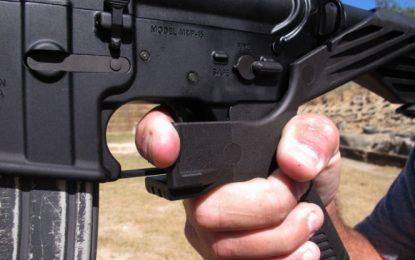 Pide Trump vetar artefacto que vuelve armas en ametralladoras