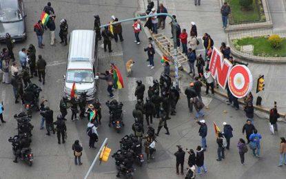 Bolivia se paraliza por marchas a favor y en contra de Evo Morales