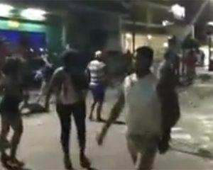 Borrachos protagonizan batalla campal al termino del Carnaval de Progreso