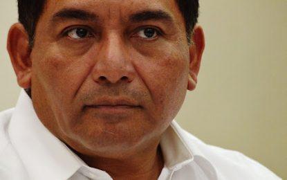 Desairan a Víctor Caballero en elección interna del PRI
