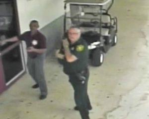 Video de la masacre en Florida muestra que policía no enfrentó al atacante