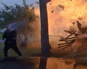 Casa en Texas explota luego de accidente automovilístico