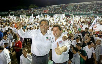 Más de 30 mil meridanos dan su respaldo a Sahuí y Caballero