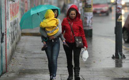 Cuatro fenómenos naturales generarán lluvias en la República Mexicana
