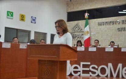 Responde María de Lourdes Rosas Moya a la 'guerra sucia' que la liga a Vila